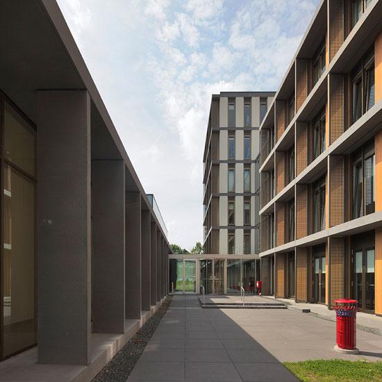 Contact-Maastricht-Demcon