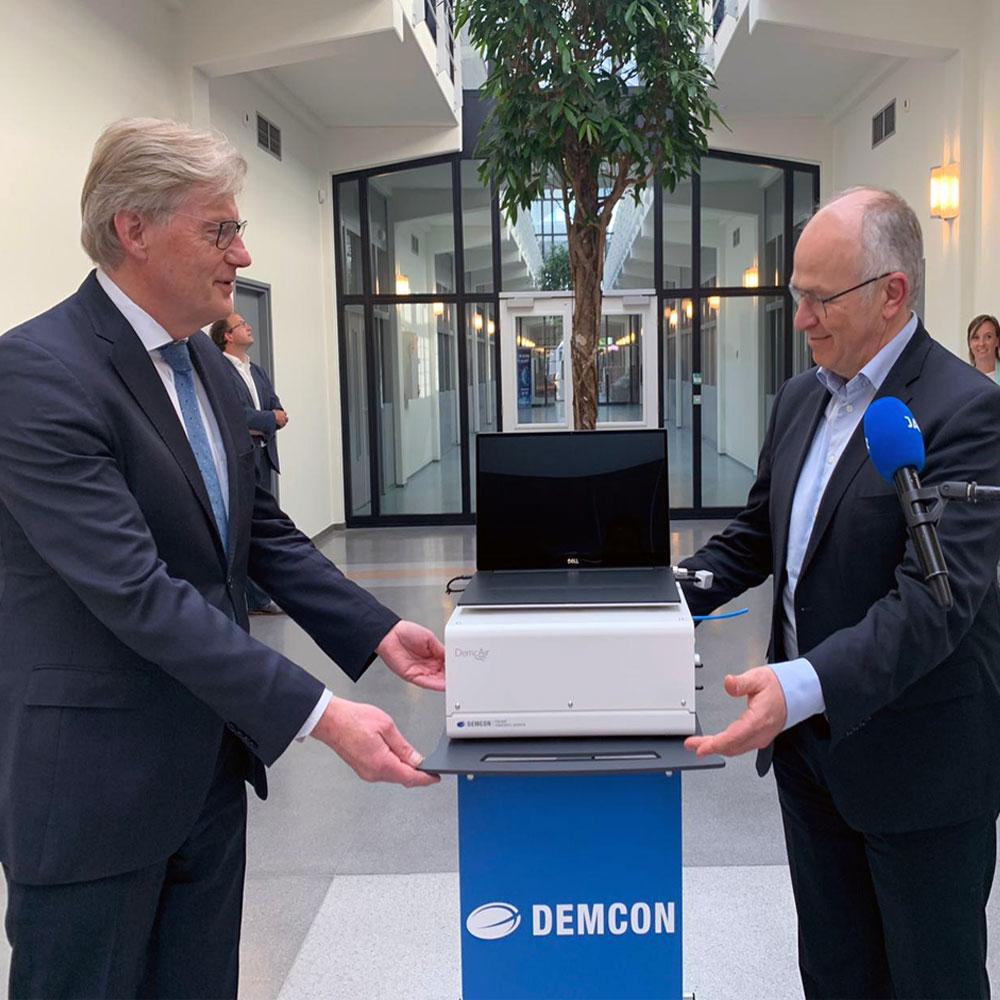 Content-Minister-Van-Rijn-at-Demcon